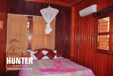 10 rooms guesthouse