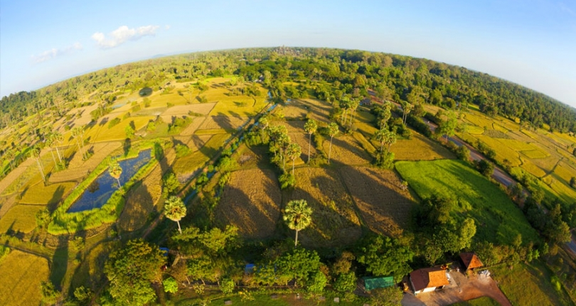 Can foreigners own land in Cambodia?