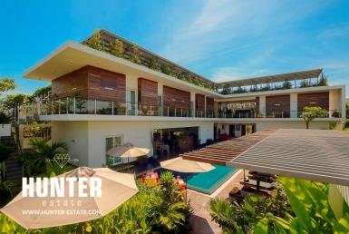 Unique design 8 suites villa
