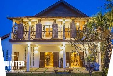 Three king bedrooms Villa Siem Reap