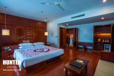 Fancy 25 rooms hotel